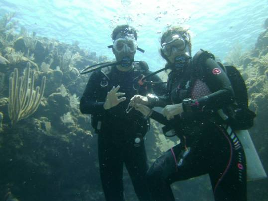 Proof I know what I'm doing: here I am diving with my Irish-Colombian Instructor Roomie/Manfriend
