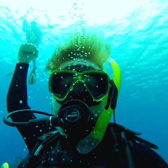 The triumph of a new Open Water diver!